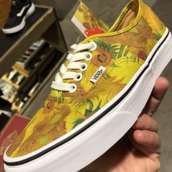 cf6d4acde7 Vans - 12 Photos   17 Reviews - Shoe Stores - 24201 W Valencia Blvd ...