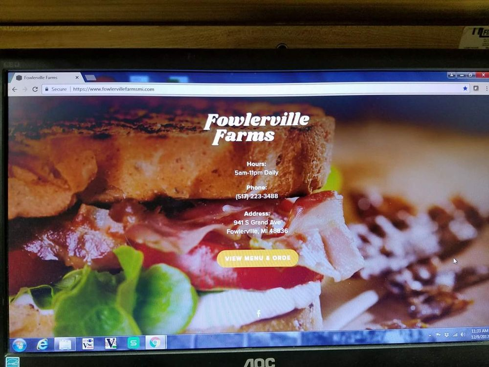 Fowlerville Farms Family Restaurant: 941 S Grand Ave, Fowlerville, MI