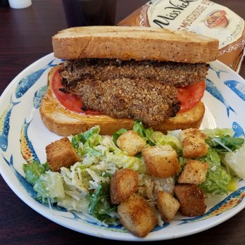 Wendy w 39 s reviews coos bay yelp for Wendy s fish sandwich 2017