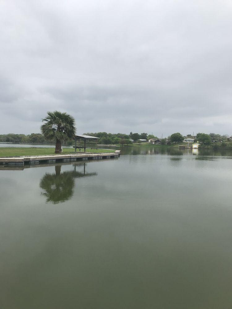 Weber's Boat Landing: 747 Carmel Dr, Sandia, TX