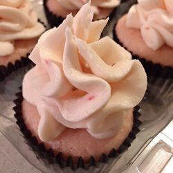 Photo Of Red Velvet Cupcake Company Baltimore Md United States Strawberry Cupcakes
