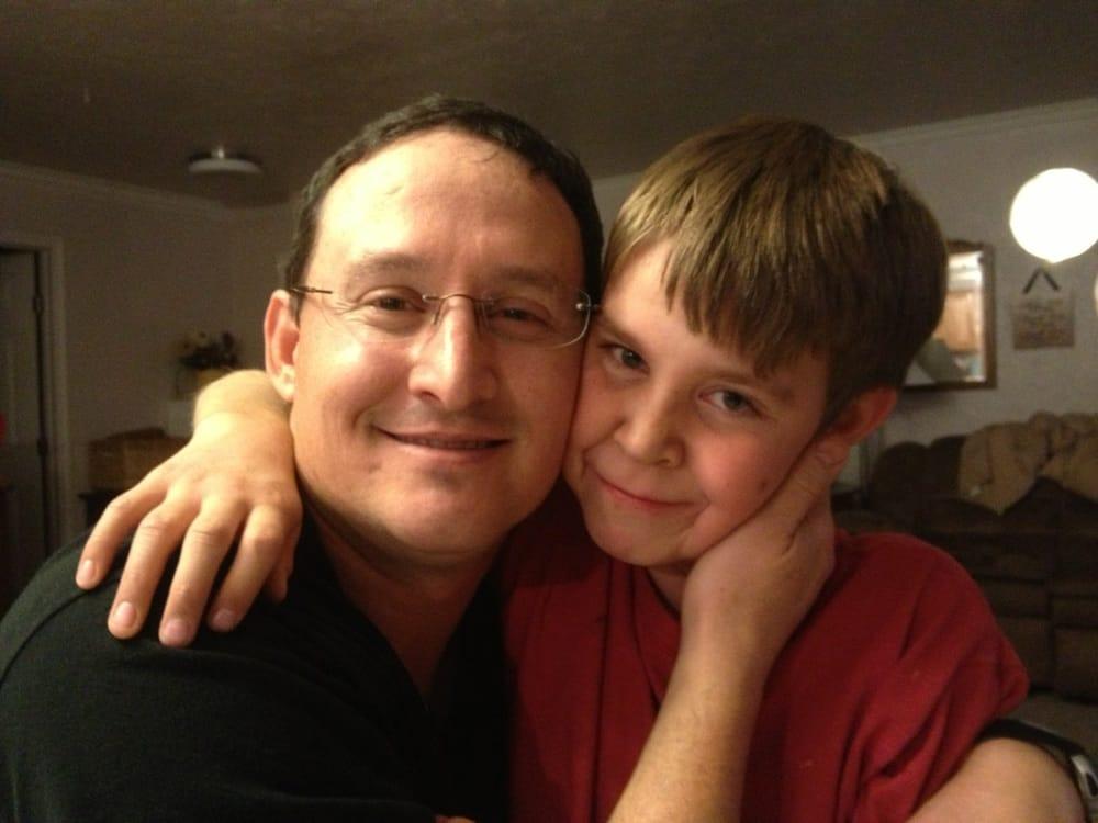 Wesley Hutchins, DDS: 2512 Crockett Dr, Brownwood, TX