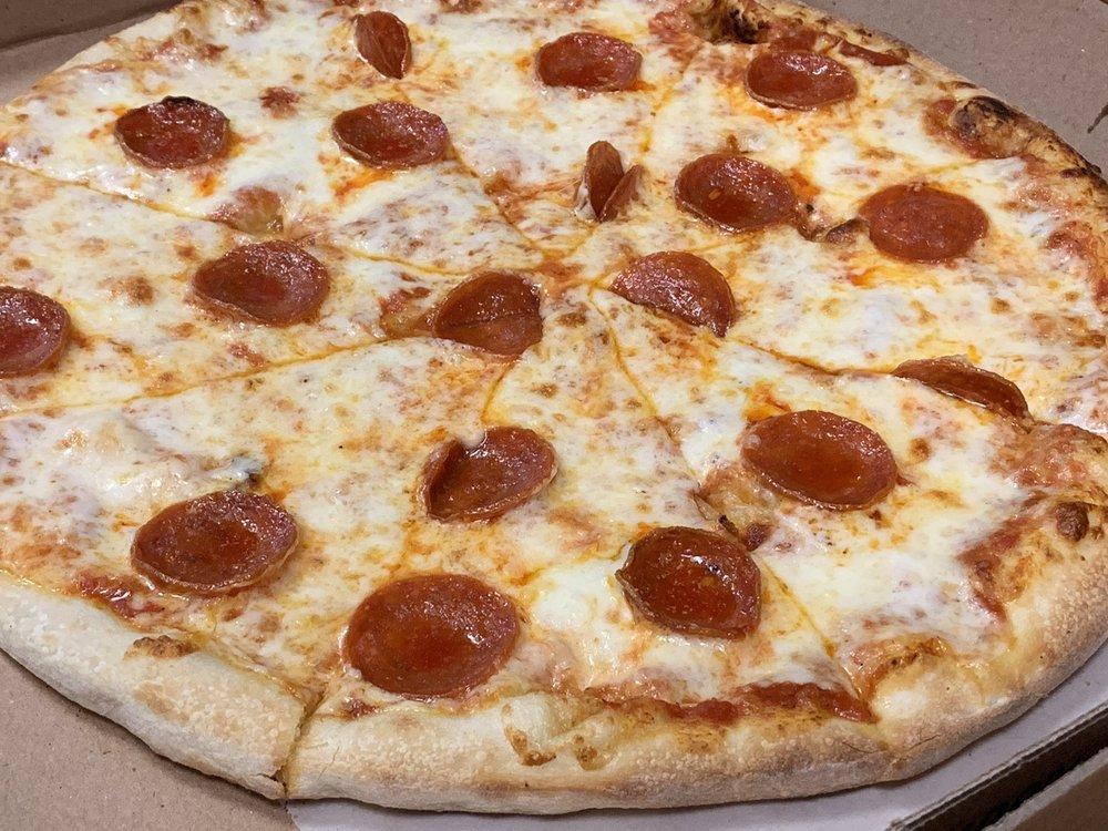 Luigi's Italian Restaurant: 103 N Main St, Elgin, TX