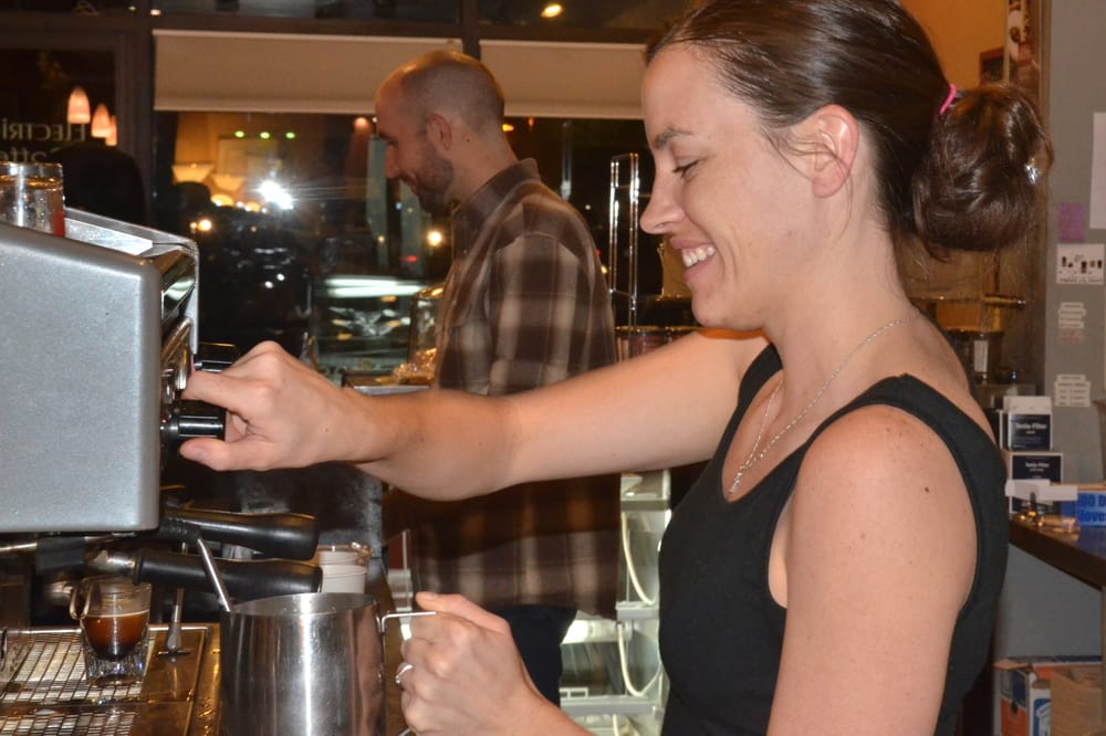 Electric Beanz Coffee Bar