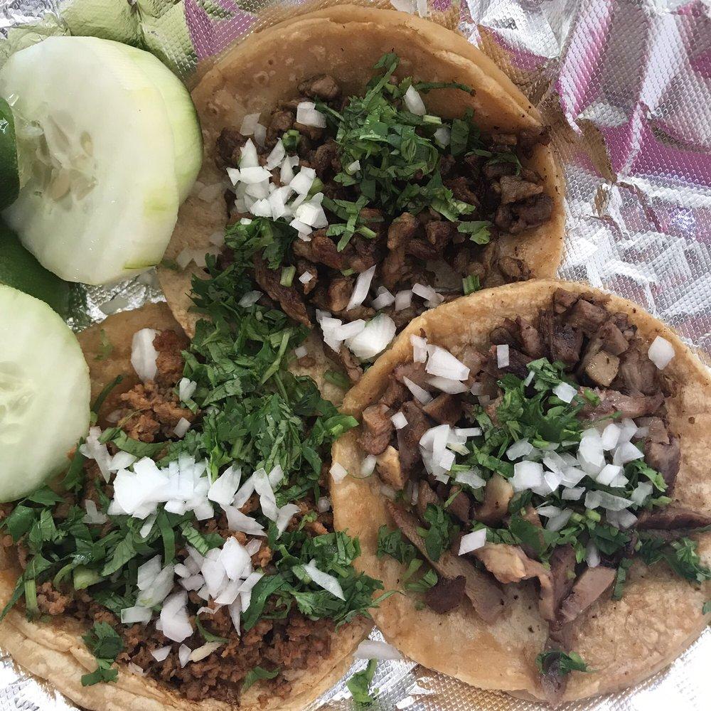 Food from Taqueria El Paso