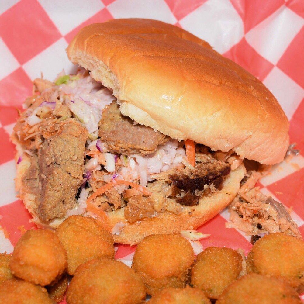 Fat Mac's Backyard BBQ: 306 N Scales St, Reidsville, NC