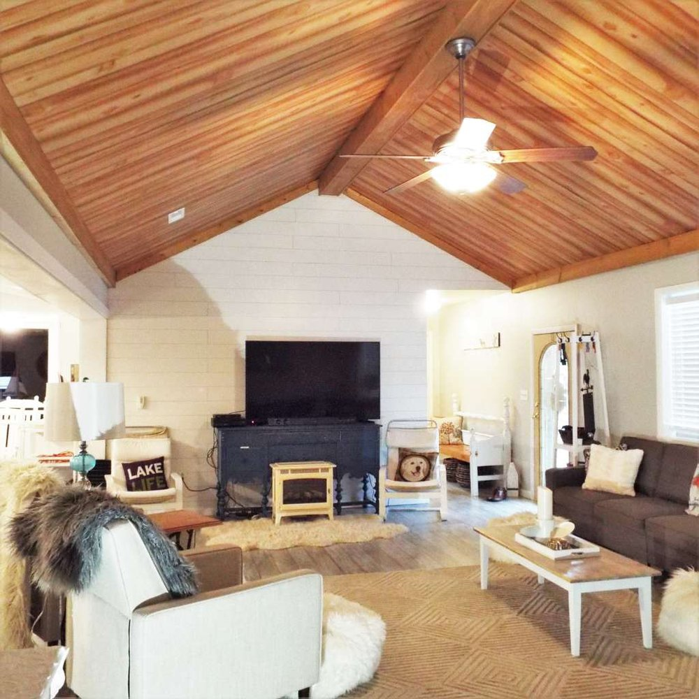 Aunt Susie's Country Vacation: 12393 Maple Ln, Hesston, PA