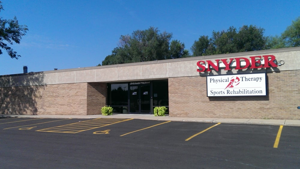 Snyder Physical Therapy & Sports Rehabilitation: 2845 S 70th St, Lincoln, NE