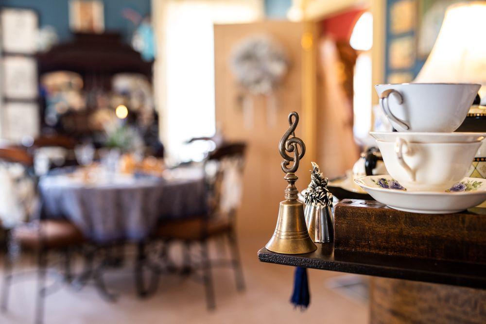 Pamela's Victorian Tea & Music: 1 Main St, Bellwood, PA