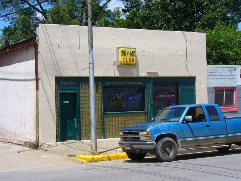 Hurribak Club: 217 N Main St, Chariton, IA