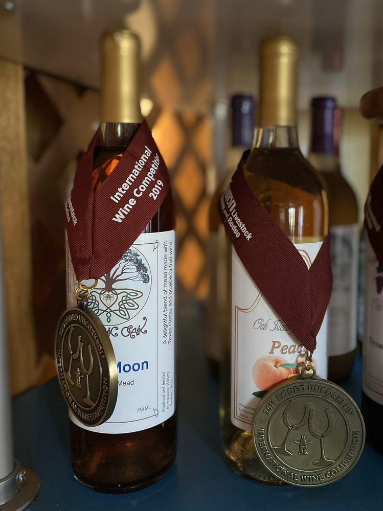 Frascone Winery: 308 Bayside Dr, Anahuac, TX