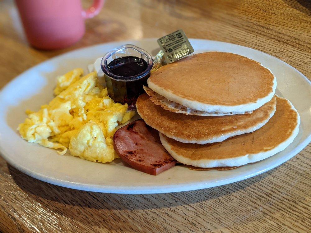 Buttercup Pantry Restaurant: 222 Main St, Placerville, CA