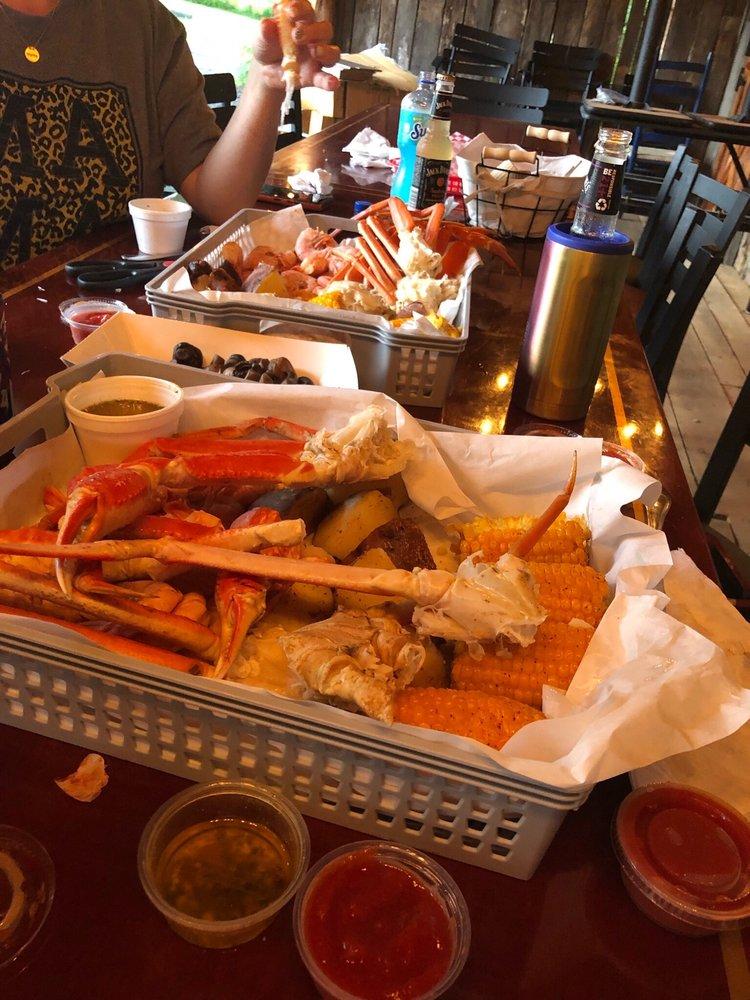 Craw Billy's Seafood Boil & Bar-B-Q: 12633 N Hwy 65, Saint Joe, AR