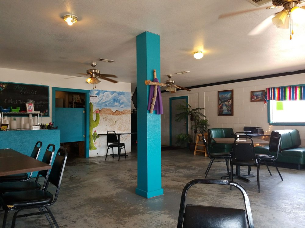 Maria's: 1000 25th St, Snyder, TX