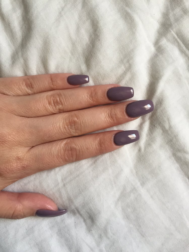 Slight coffin nails! I have super curved nails and My did an amazing ...