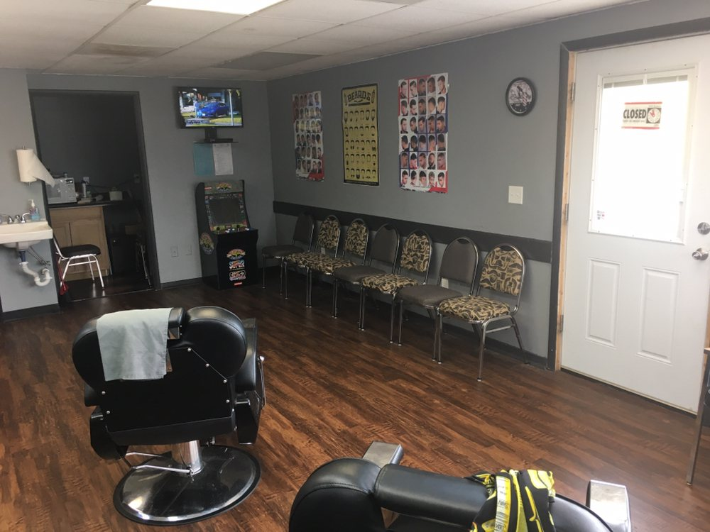 The Barber Shop: 1020 E Main St, Independence, KS