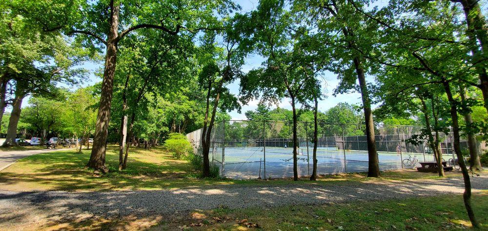 Crocheron Park: 215-02 35th Ave, Bayside, NY
