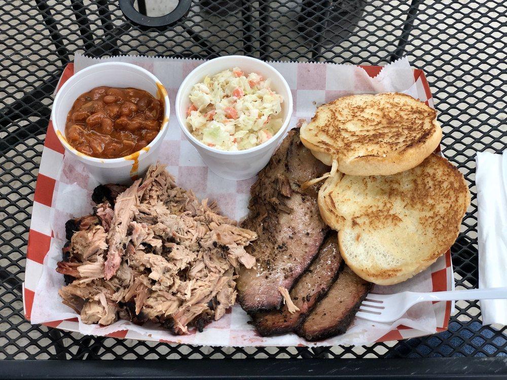 Git-n-Messy BBQ: 4980 Hall Rd, Union Park, FL
