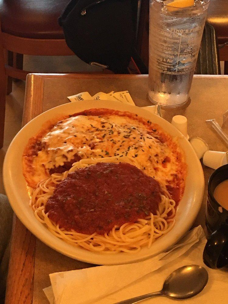 Pino's Pizza & Italian Restaurant: 7809 Richmond Hwy, Appomattox, VA