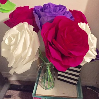 Photo of Moskatels - Los Angeles, CA, United States. Giant paper roses that
