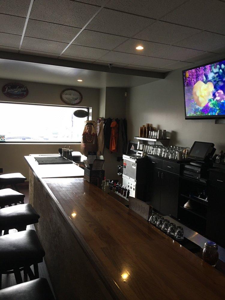 Olde Kegg Lounge: 623 Main St, Portage, PA