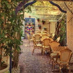 Palisades Garden Cafe Phone Number