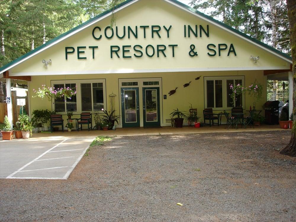 Country Inn Pet Resort & Spa: 100 Foreman Rd, McCleary, WA