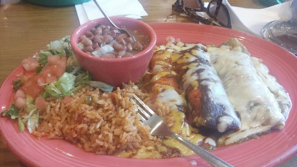 The Bandera Plate Has Three Different Kinds Off Enchiladas