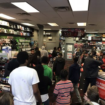 photo of gamestop suffolk va united states day after christmas rush - Is Gamestop Open On Christmas Day