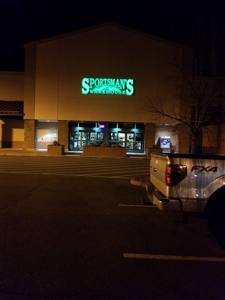 Sportsman's Warehouse: 63492 Hunnell Rd, Bend, OR