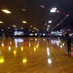 Stardust Skate Center Photos Skating Rinks Ledo Rd - Roller skating rink flooring for sale