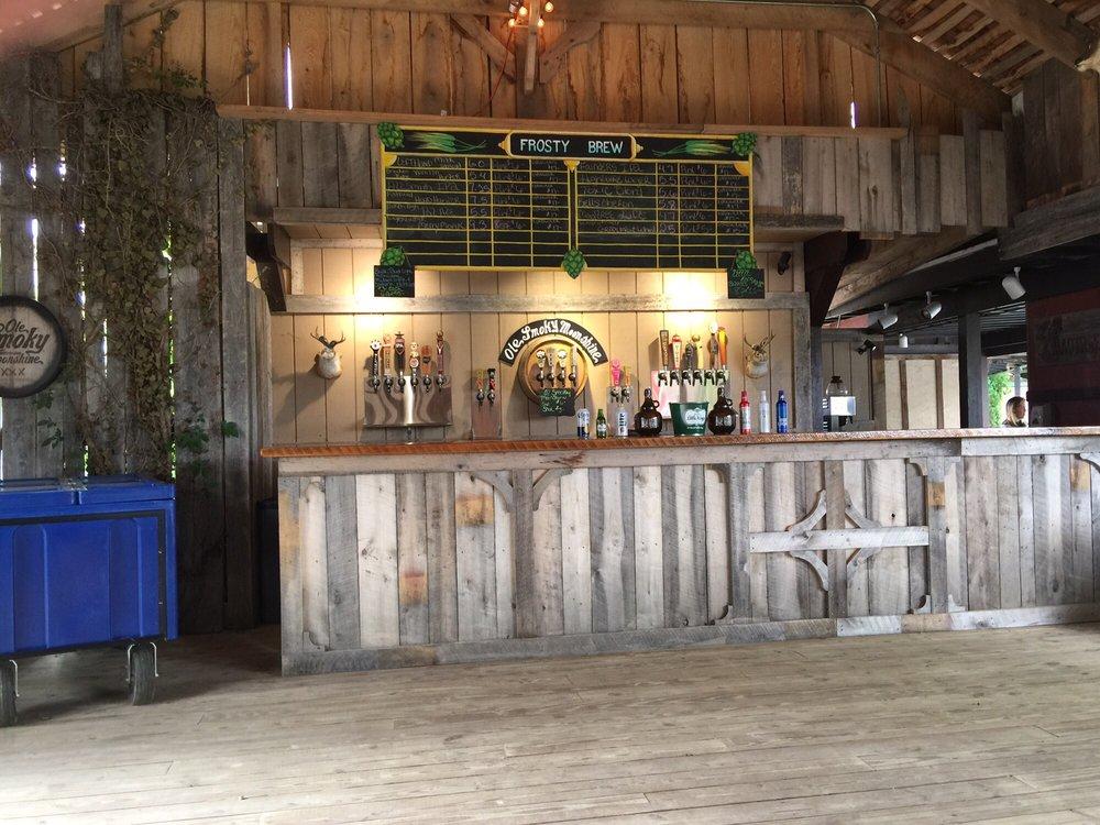 1572 Roadhouse Bar-B-Q: 10542 E State Rte 73, Waynesville, OH