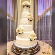 Cake Studio 51 Photos 44 Reviews Custom Cakes Burbank Los - Wedding Cakes Los Angeles