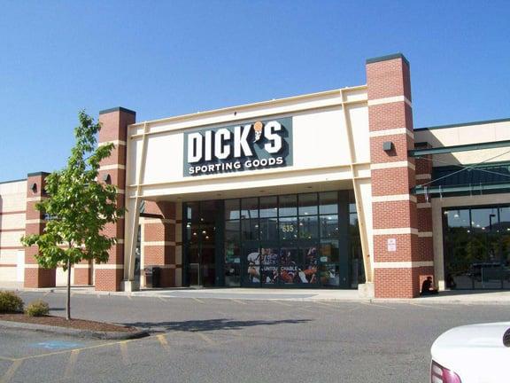 Dicks Sporting Goods - Golf Equipment - 635 Merrill Rd -5069