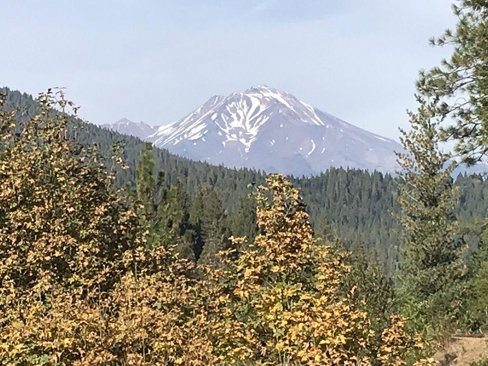 Mt. Shasta Vista Point: Cascade Wonderland Hwy & Interstate 5, Castella, CA