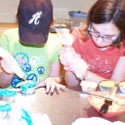 Cake Decorating Classes Usa : Chefs 2b - 12 billeder - Madlavningsskoler - 18455 W Lake ...