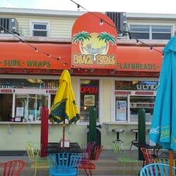 Beach Bums Closed 20 Photos 27 Reviews Pizza 1190 Estero