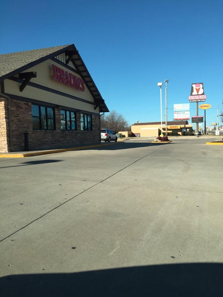 Braum's Ice Cream & Dairy Stores: 301 N 32nd St, Muskogee, OK