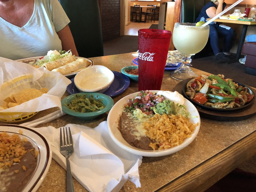 Leon Grill Burritos and Margaritas: 2912 W US Hwy 22, Maineville, OH