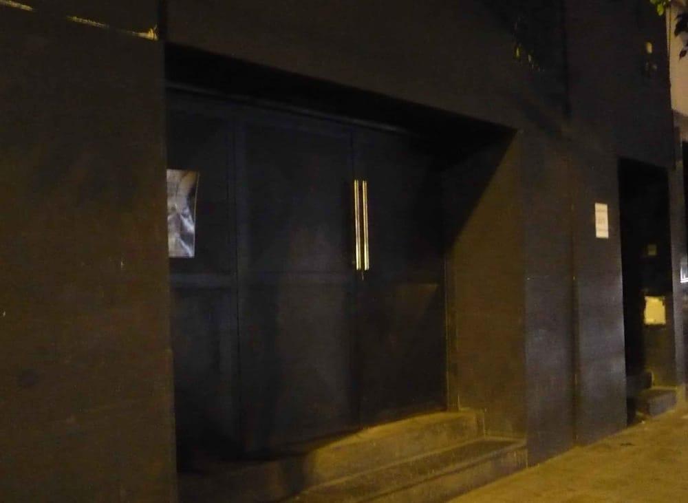 Salón de fiestas: Av. Independencia 2313, Buenos Aires, C
