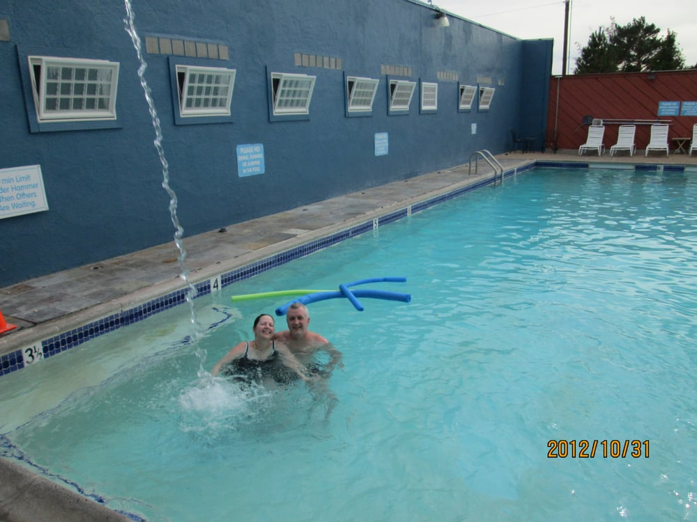 The hot shower called the hammer in the hot springs pool - City of carson swimming pool carson ca ...