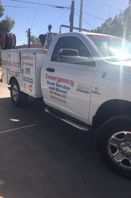 Tire Places Near Me Open Now >> Emergency Road Service & Diesel Repair - Tires - Roadside ...