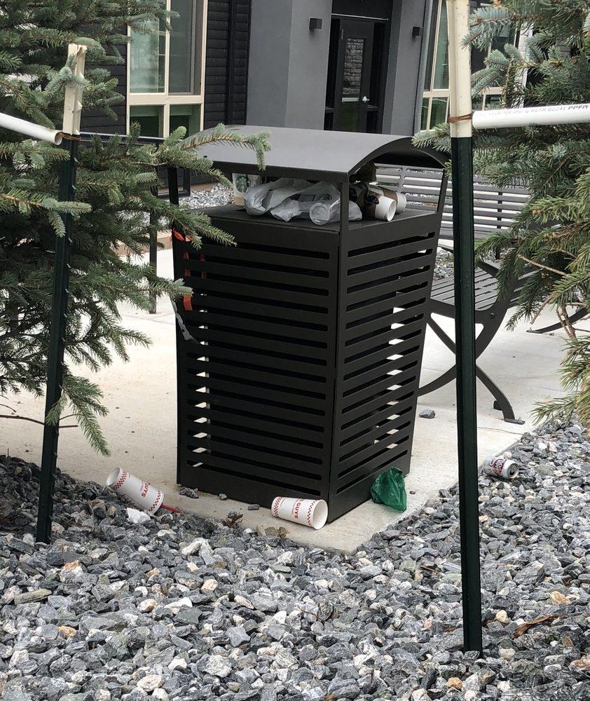 Highlands Ranch Locksmith: Overflowing Trash