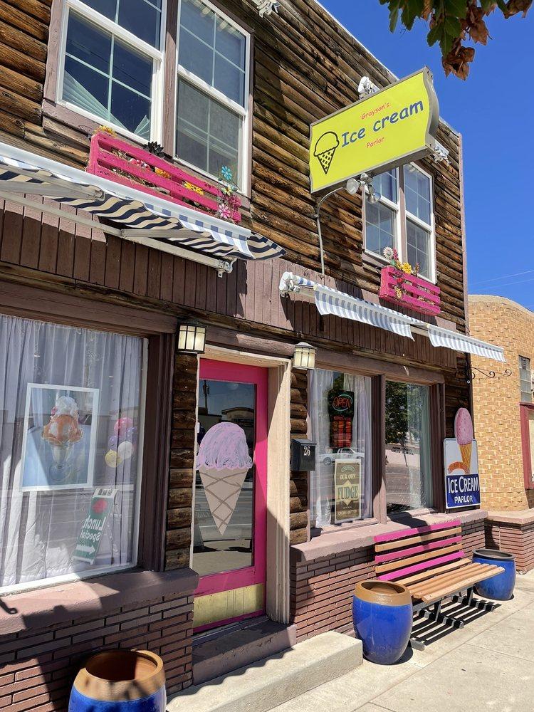 Grayson's Ice Cream Parlor: 28 S Main St, Blanding, UT