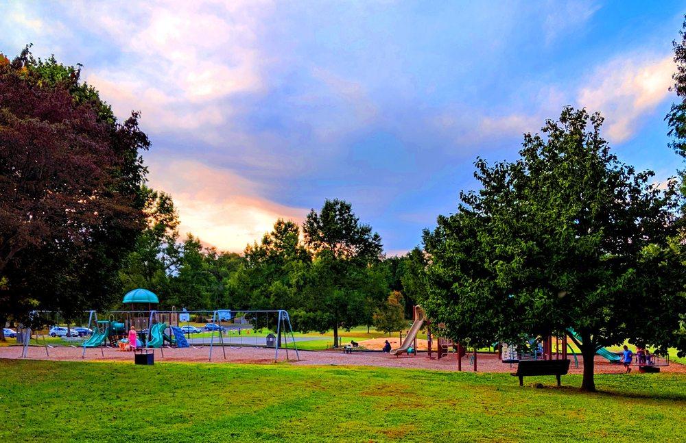 Thornbury Park: Glen Mills Rd, Glen Mills, PA