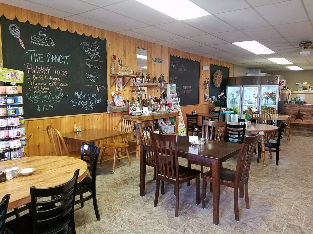 Blossoms and Brew: 110 US Hwy 85, Buffalo, SD