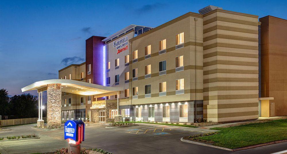 Fairfield Inn & Suites By Marriott Bloomsburg: 1065 Alliance Park Dr, Bloomsburg, PA