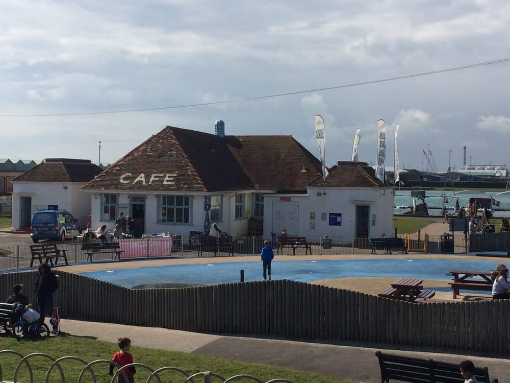 Big Beach Cafe: Hove Lagoon, Hove, BNH