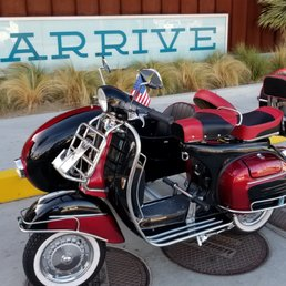 Palm Springs Vintage Vespa - 12 Photos - Scooter Rentals - 41801