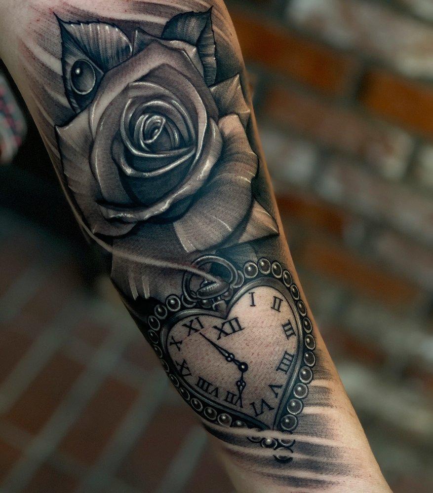 Merced Tattoo and Piercing: 534 W Main St, Merced, CA